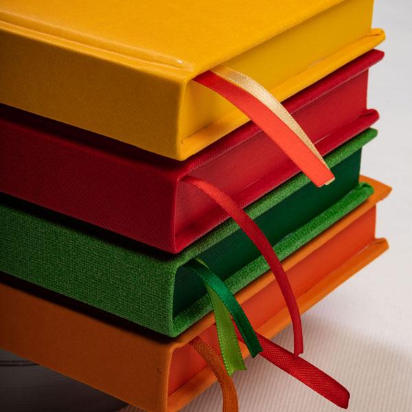 kalendarz książkowy barwiony blok